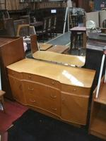 Retro Five Drawer Dressing Chest (2 of 2)