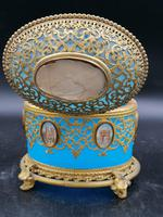 Exclusive Large Box / Box in Blue Opaline Glass with Miniatures from Paris / Palais-Royal (6 of 7)