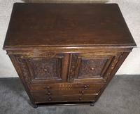 Good Quality Carved Oak Tallboy / Linen Press / Wardrobe (11 of 11)