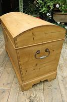 Wow! Big! Old Pine Domed Blanket Box / Chest / Trunk - We Deliver! (7 of 10)