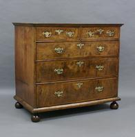 William & Mary Walnut Chest of Drawers (4 of 5)