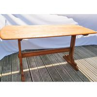 Ercol Refectory Table (5 of 11)