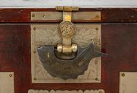 Very Decorative Chinese Marriage Chest (7 of 7)