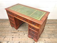 Reproduction Yew Wood Kneehole Desk (11 of 12)