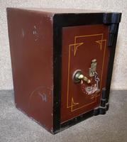 Small Antique Safe with Key, Coopers Safe Co, London (2 of 7)