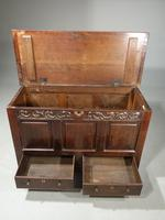Attractive Mid 18th Century Oak Mule Chest (4 of 4)