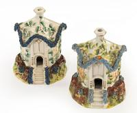 Pair of Staffordshire Pottery Pastille Burner in the Form of Houses (4 of 4)