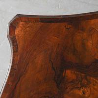 Georgian Style Figured Walnut Serpentine Chest of Drawers (4 of 10)