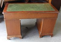 1960's Mahogany Pedestal Desk with Green Leather Inset on Top (4 of 4)