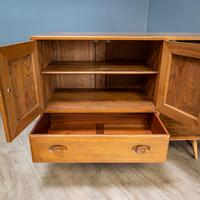 Mid Century Ercol Sideboard (3 of 12)