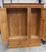 1960s Triple Country Pine 3 Door Wardrobe with Base Drawers (2 of 3)