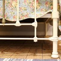 Decorative Victorian Antique Bed in Cream (6 of 6)