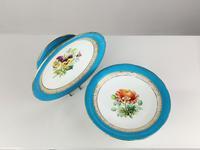 Fine Porcelain Comports (3 of 12)