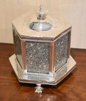 Fine Victorian Silver Plate Biscuit Box or Barrel (2 of 9)