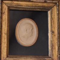 Framed Georgian Plaster Cast Profile Medallion (5 of 5)