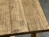 Superb Quality Large Bleached Oak Farmhouse Dining Table (28 of 32)