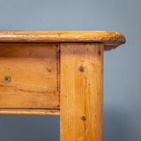 Victorian Kitchen Table (8 of 10)