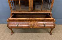 Burr Walnut Dome Topped Display Cabinet (7 of 21)
