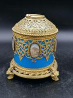 Exclusive Large Box / Box in Blue Opaline Glass with Miniatures from Paris / Palais-Royal (3 of 7)