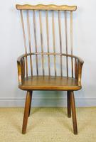 Charming 18th Century Yew Wood Comb Back Chair (8 of 10)