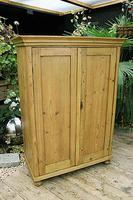 Gorgeous Old Pine 2 Door Cupboard with Shelves - Linen/ Larder/ Storage/ Food/ Wardrobe (2 of 10)