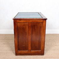 Edwardian Oak Pedestal Writing Desk (9 of 12)