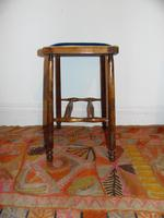 Arts and crafts stool (3 of 5)