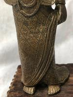 Victorian Antique 19th Century Small Bronze Burmese Lady Holding Pan Sculpture (6 of 12)