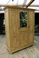 Lovely Old Antique Pine Triple 'knock down' Wardrobe - We Deliver / Assemble (2 of 8)