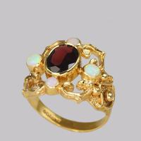 Vintage Garnet & Opal 9ct Gold Victorian Style Ring Ornate Antique Style Ring (4 of 7)