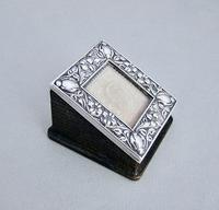 Art Nouveau Silver Single Stamp Box by Edward Souter Barnsley, Birmingham 1902 (2 of 5)