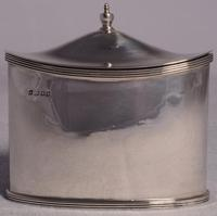 A Small George V Silver Tea Caddy by Robert Pringle & Sons, London, 1923