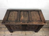 Small 18th Century Carved Oak Coffer (4 of 13)