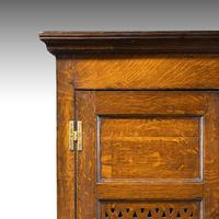 Quite Exceptionally Fine Late 18th Century Oak Cupboard (4 of 6)