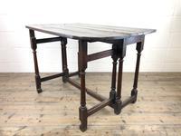 Early 18th Century Oak Gateleg Table (5 of 11)