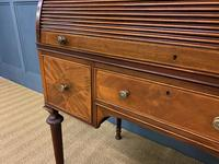 Maple & Co Inlaid Mahogany Tambour Cylinder Desk (8 of 22)