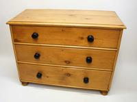 Victorian Pine Chest of 3 Straight Drawers (13 of 19)