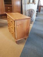 Small Pine Chest (2 of 4)