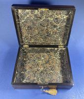 Victorian Walnut Jewellery Box (3 of 13)