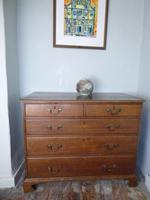 English 18th Century Oak Chest of Drawers (8 of 9)