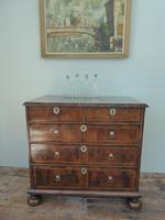 Early 18th English Walnut Chest of Drawers (7 of 8)