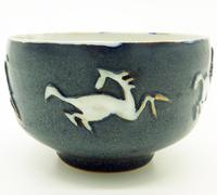Good British Art Studio Pottery Bowl with Stylised Galloping Horses 20th Century (5 of 8)