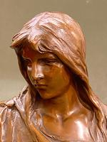 H. MULLER: A Pretty 19th Century French Bronze Bust (2 of 5)