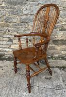 Pair of Antique Broad Arm Windsor Chairs (20 of 28)