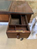 Victorian Mahogany Writing Desk with Green Leather (4 of 9)