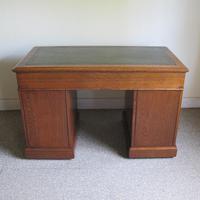 Oak Pedestal Desk - Edwardian (8 of 8)