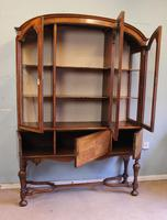 Quality Antique Walnut Display Cabinet (12 of 19)