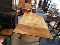 Oak Dining Table (3 of 4)