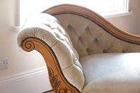 Edwardian Mahogany Framed Chaise Longue with Button Back Upholstery (9 of 12)
