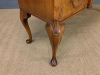 Burr Walnut Sideboard by Waring & Gillow (14 of 18)